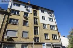 ПРОДАВА Тристаен апартамент, 86 м2  София, Център,