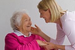 Грижи за възрастни, болни хора по домовете