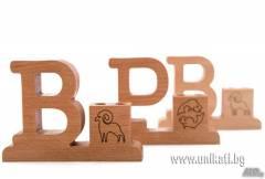 Дървена поставка за химикали с вашата зодия.
