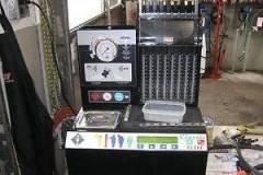 Почистване и тестване на бензинови инжектори