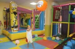 Детски парти център Миньоните Бургас