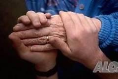 Грижи за възрастни хора по домове